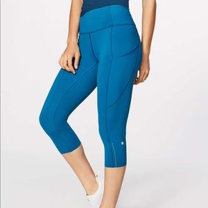 Blue lululemon fast and free crop
